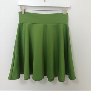 Made by Johnny Stretch Skater Skirt Grass Green